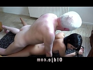 18-21 Beauty Blowjob Big Cock Doggy Style Double Penetration Granny Hardcore