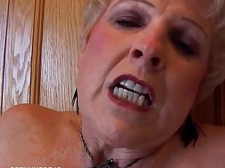 Cougar Granny Housewife Juicy Mammy Mature MILF Pussy